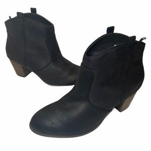 Dr. Scholls Womens 8 Black Western Ankle Booties